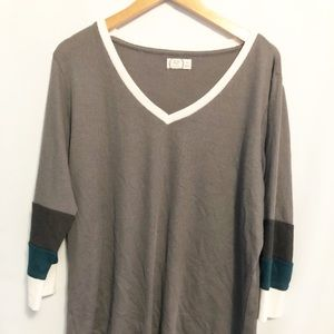 4/$10 Maurices 24/7 top size XXL